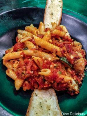 Chunky Tomato & Basil Pasta